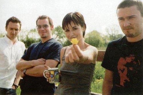 cranberriesmay2001.jpg